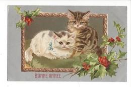 16127 -  Bonne Année Deux Chats Et Houx Carte En Relief - Nouvel An