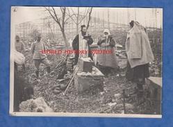 Photo Ancienne- SAN NEDILA Prés SALONIQUE ?- Enterrement D'une Fillette Tuée Par Un Obus Grèce Greece Armée D'Orient WW1 - Guerre, Militaire
