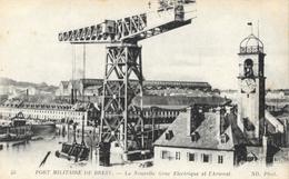 Port Militaire De Brest - La Nouvelle Grue électrique Et L'Arsenal - Carte ND Phot. N° 45 - Brest