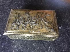 16WW - Boîte Métallique Coffret Biscuit Scène Breughel - Autres Collections