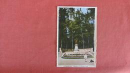 Luxembourg > Monument De La Princess Amelie    Ref 2440 - Postcards