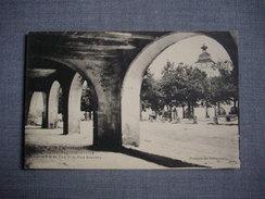 CASTELNAU MONTRATIER  -  46  -  Les Couverts Et Un Point De La Place Gambetta  -  LOT - Altri Comuni