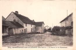 70 - HAUTE SAONE / Bourguignon Les La Charité - La Mairie Et Le Monument - Autres Communes