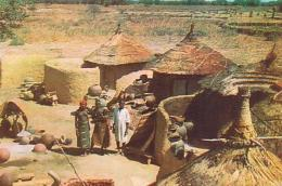 Haute Volta ( Burkina Faso )        H1        Village De Potiers - Burkina Faso