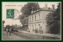 CPA Fréteval La Gare Voy Facteur Boitier 1910 TB Train - Sonstige Gemeinden