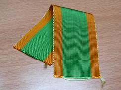 RUBAN ANCIEN ETAT NEUF. MEDAILLE ORDRE DU DRAGON D'ANNAM 1896-1950. RUBAN CIVIL. 14CM X3.7CM. - Non Classificati