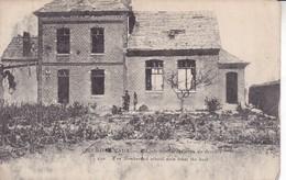 17-80 Eclusier- Vaux Ecole Bombarder Vue De Derriere - Schools