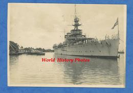 Photo Ancienne - INDOCHINE ? - Bateau Militaire Britannique ? British Boat ? - Marin - Marine Nationale Royal Navy ? - Barche