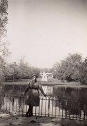 Photo Originale Militaire - Soldats Français & Tourisme - Lieu à Identifier Vers 1939-40 - Parc - Guerre, Militaire