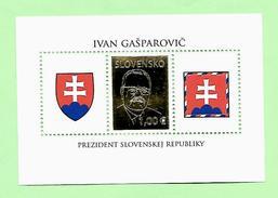 137 - SLOVAQUIE  -  BF  N° 30**  Neuf - Slovaquie