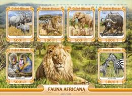Guinea Bissau. 2016 African Fauna. (002a) - Elephants