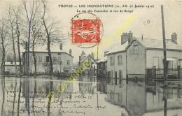 10. TROYES . Les Inondations Janvier 1910 . La Rue De Vassaulles Et Rue De Songé . - Troyes