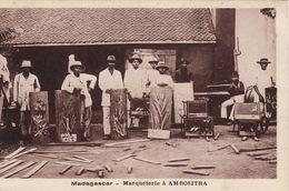 Madagascar - Marqueterie à Ambositra - Madagascar