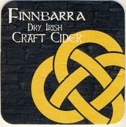 2 SUPERBES SOUS-BOCK   FINNBARRA DRY IRISH CRAFT CIDER  1 Scan Recto ;  Verso Identique - Bierdeckel