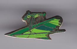52074-Pin's. Parapente.vol A Voile.. - Parachutting