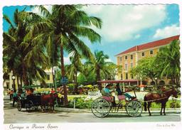 T1438 Bahamas - Nassau - Carriages In Rawson Square / Non Viaggiata - Bahamas