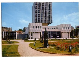 LA GARENNE-COLOMBES: L'Hôtel De Ville - La Garenne Colombes