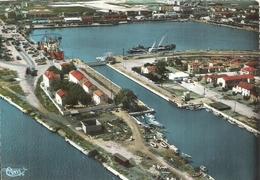 BOUCHES DU RHONE - 13 - CPSM GF Couleur - PORT SAINT LOUIS DURHONE - Vue Panoramique Du Port - Other Municipalities