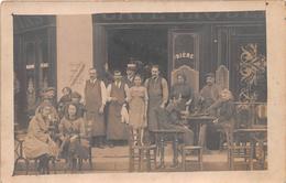 ¤¤  -  Carte-Photo Non Située   -  Groupe De Personnes Sur Le Terrasse D'un Café  -  Commerce  -  ¤¤ - Cartes Postales