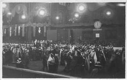 Carte-Photo Non Située  -   Fête  , Spectacle , Défilé Le 13 Avril 1929 ?? - Cartes Postales