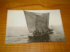 Carte Photo D'une Pirogue De Pêche, Dakar, Animée. - Segelboote
