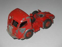 DINKY TOYS -  Tracteur PANHARD  - Réf 32 - Fabriqué En France Par Meccano  **** EN ACHAT IMMEDIAT **** - Dinky