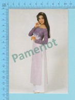 Vietnam - Thanh Xuan, Star Fashion Model In A Long Dress, Photo Hoang Trudong - 2 Scans - Mode