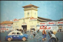 Saigon - Vietnam - Les Halles Centrales - Carte 15 X 10 - Magnifique 4CV Taxi - Viêt-Nam