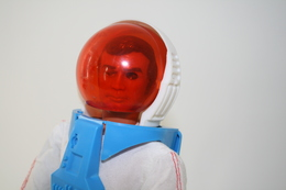 Vintage KENNER - SIX MILLION DOLLAR MAN PARTS : MISSION TO MARS SPACESUIT - FIGURE NOT INCL - Kenner 1973 - Action Man - - Action Man