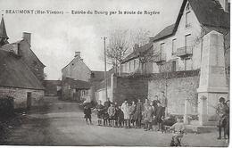 BEAUMONT ENTREE DU BOURG PAR LA ROUTE DE ROYERE BEAU PLAN TRES ANIME PHOTO P. LAQUAIS, - France