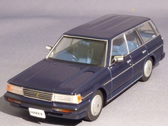 DISM 7903, Toyota Mark II Wagon LG, 1988, 1:43 - Voitures, Camions, Bus