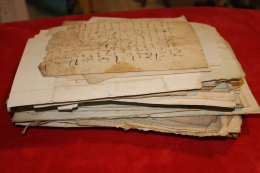 Gros Lot De Vieux Papiers 1700-1870 : Actes Notariés, Lettres, Quittances. - Documentos Históricos