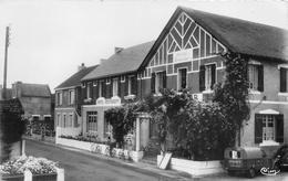 """- 163 - MESQUER - QUIMIAC  -  L'Hôtel Moderne  -  Voiture Citroën """" 2CV Camionette """" Avec Publicité """" MORY """" Roubaix - Mesquer Quimiac"""