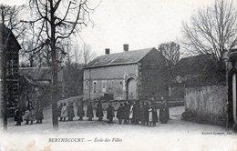 60 - BERTHECOURT - école De Filles - Francia