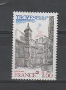 FRANCE / 1978 / Y&T N° 2011 ** : Troyes (Aube) - Gomme D'origine Intacte - France