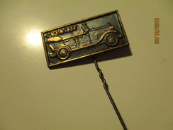 RUSSIA USSR AUTOMOBILE OLDTIMER  GAZ A 1932 PIN BADGE , O - Andere