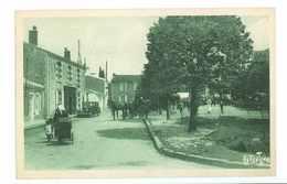 85 -- GRUES -- (Rue, Automobile, Attelage...) - Autres Communes