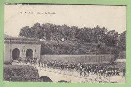 LANGRES : Sortie De La Musique Militaire, Porte De La Citadelle. 2  Scans. Edition Veyssière - Langres