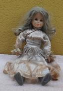 Bambola Di Pezza Con Volto Mani E Gambe In Gomma - - Bambole