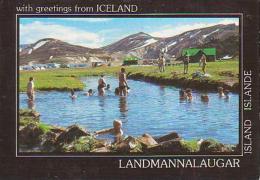 Islande        H14         Swimming In The Natural Hot Water In Landmannalaugar - Islande