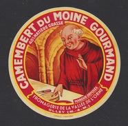 Etiquette De Fromage Camembert -  Du Moine Gourmand  -  Laiterie De La Vallée De L'Orne à  Olley  (54  ) - Fromage