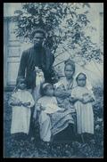 TIMOR - Uma Familia Cristã ( Ed. Da Missão)  Carte Postale - Timor Orientale