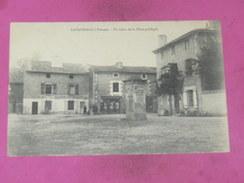 LAVAUSSEAU    / ARDT  POITIERS     1910   PLACE PUBLIQUE    EDIT   CIRC  OUI - Other Municipalities