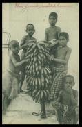 TIMOR - Um Grande Cacho De Bananas. ( Ed. Da Missão)    Carte Postale - Timor Orientale