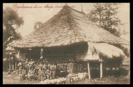 TIMOR - Residencia De Um Chefe Indigena ( Ed. Da Missão)    Carte Postale - Timor Oriental