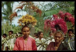TIMOR - COSTUMES - Mulheres De Laga  ( Ed. M. N. F. Nº 9)  Carte Postale - Timor Orientale