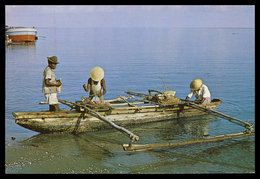 TIMOR - DILI -  COSTUMES - Um Beiro ( Ed. M. N. F. Nº 15)  Carte Postale - Timor Oriental