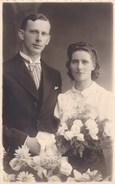 Postkaart, Fotokaart, Geposeerd Koppel, Huwelijksfoto ? (pk31874) - Couples