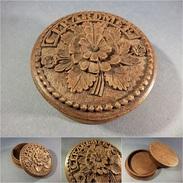 *BOITE EN BOIS SCULPTE SOUVENIR DE GERARDMER - Fleur Sculpture Art Populaire Vosges - Boîtes/Coffrets