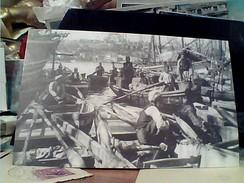 TURCHIA INSTANBUL  OZLEM SANAT GALERISI BARCHE E PESCATORI  DA ANTICA FOTO  N1980 FX10033 - Turchia